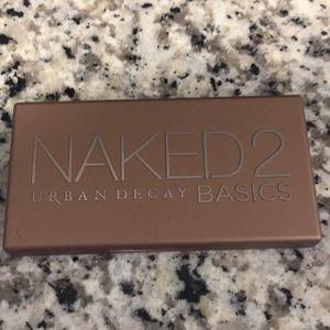 Naked 2 basics eyeshadow